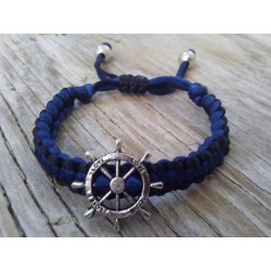 Boat's wheel bracelet